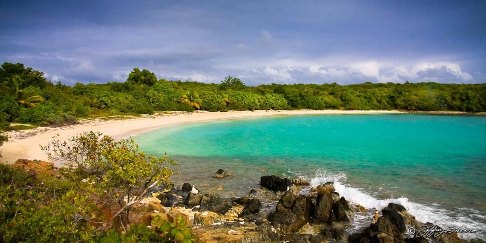 Pata Prieta - Vieques, Puerto SVI