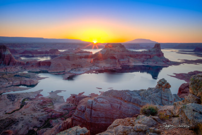 Spring Sunrise Gunsight Butte - Lake Powell