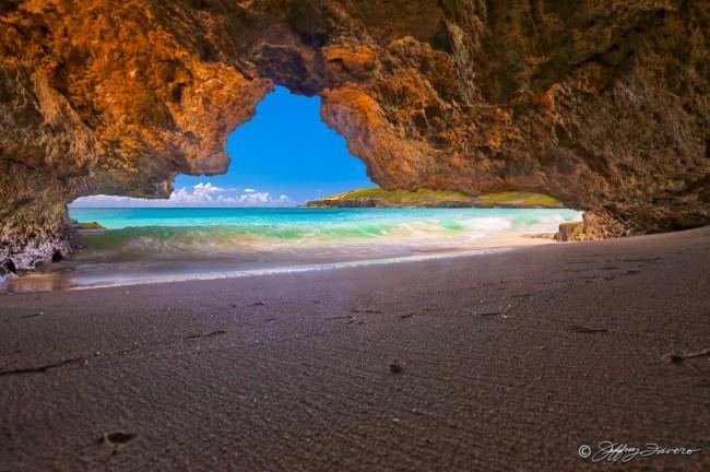 Playa Navio Cave