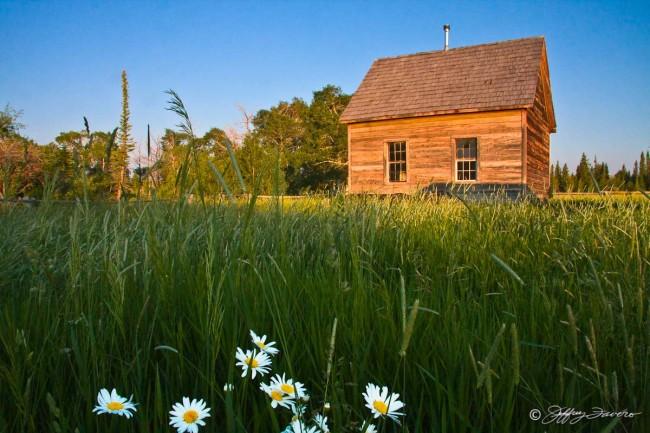 Lone Pioneer Schoolhouse