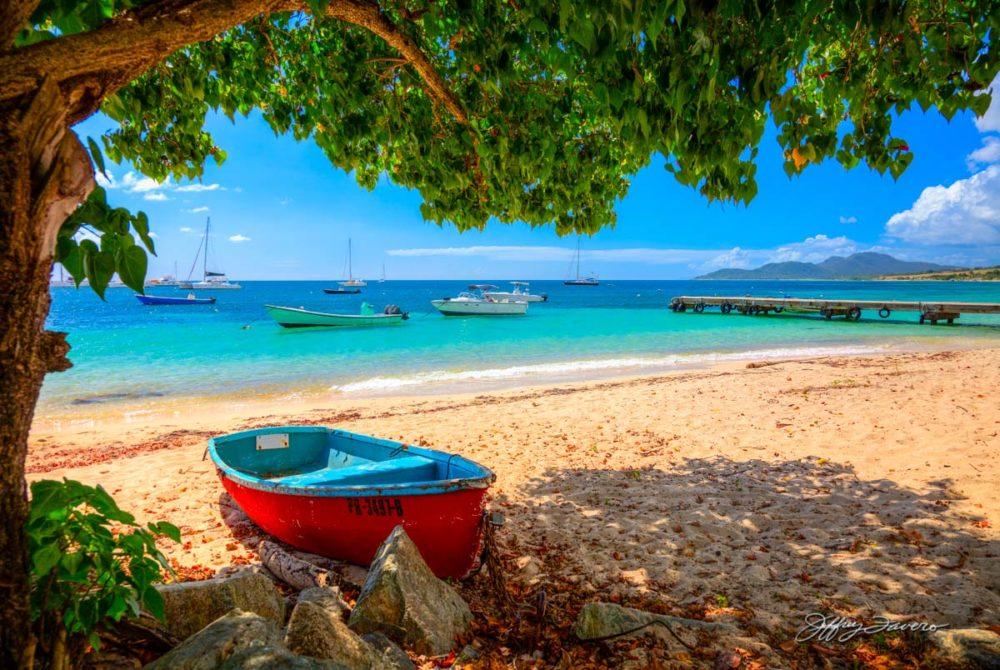 Barcas En Reposo